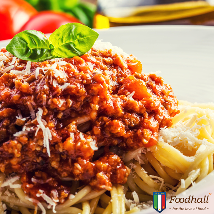 "Did You Know: Spaghetti Bolognese is one of the most popular Italian recipes but virtually impossible to find a restaurant that serves them in Bologna! In the home city of the Bolognese sauce, in fact, it is eaten only with the freshly made pasta, ""Tagliatelle all'uovo""."