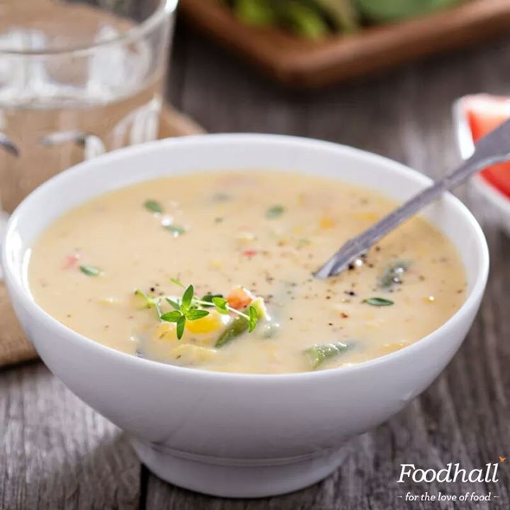 This sweet, satisfying chipotle chowder is made of  kernel corn, chipotle chillies, cream and tomatoes. Garnish it with fresh pimentos and parsley for a bright pop of colour!