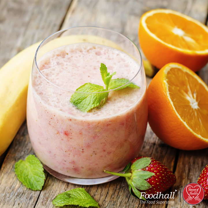 Just blitz some berries, oranges, bananas, yogurt & ginger together for a delicious Strawberry smoothie. Unlike most other holiday treats, this one's guilt free!