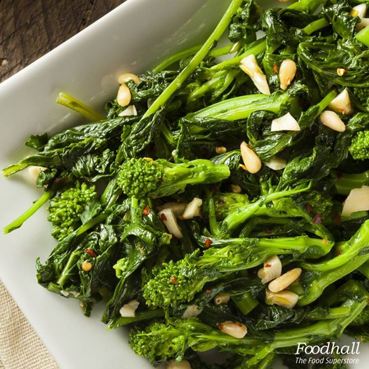 Eat your greens the Italian way! Combine broccoli with olive oil, garlic, mushrooms and herbs. Top it with shaved parmesan and add some flavour to your dinner table.