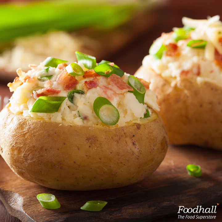 Looking to make a wholesome starter?  Potatoes stuffed with cheddar and BBQ chicken is a must try!