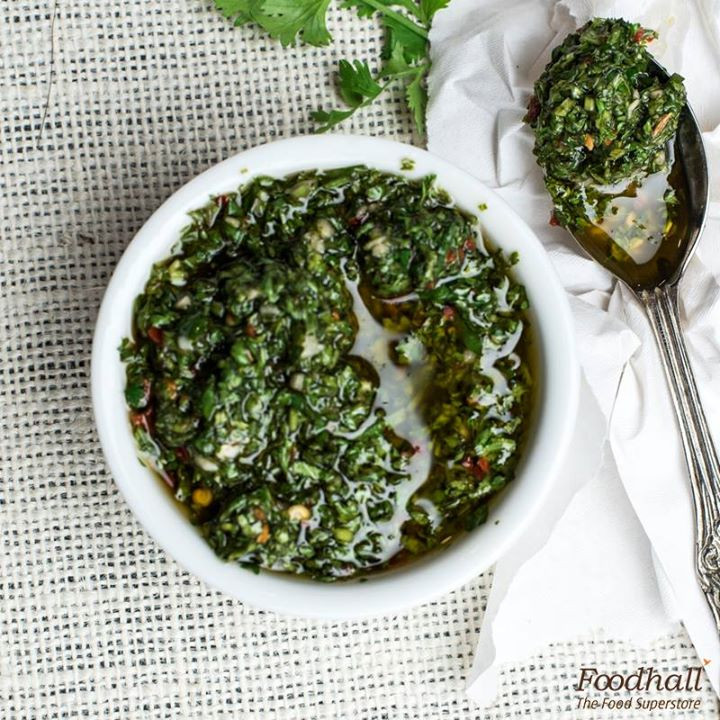 Call it sauce or call it salsa: parsley, garlic, oregano, olive oil, vinegar and chilli pepper flakes come together to bring out the perfect South American flavours in this vibrant chimichurri. Pair it with grilled veg or meats and make a Mexican feast out of it.