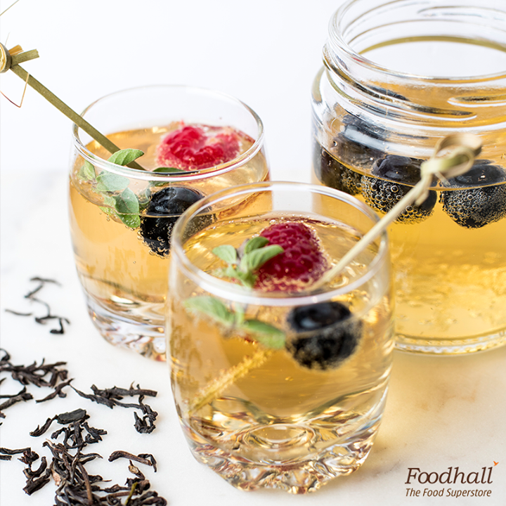 It's High Tea Friday and what's not to love about sparkling raspberry tea? This sweet and tangy tea is a beautiful blend of apple cinnamon brew with a dash of sparkling water. Serve this for a refreshing evening with friends and family.