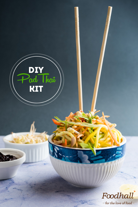 Looking for dinner in a flash? Make midweek meals a lot easier with our DIY Pad Thai zoodle kit packed with all the essential ingredients!
