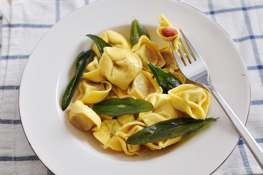 Hands up if you're bored of sandwiches for lunch!  Soft & chewy tortellini filled with tender mushrooms in silky brown butter sauce is a Monday marvel! Chef Tyagi lets us in on a secret recipe of one of his signature dishes – click the link to find out!