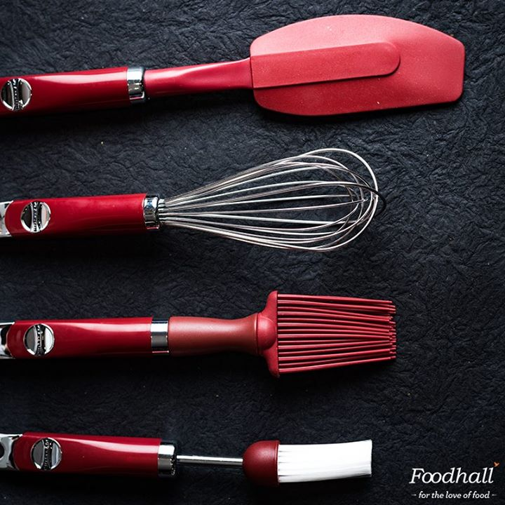 Have you checked out our range of baking tools yet? We have every equipment to help passionate bakers work their magic in the kitchen. Get essentials like spatulas, whisks, brushes and ready, set, bake!