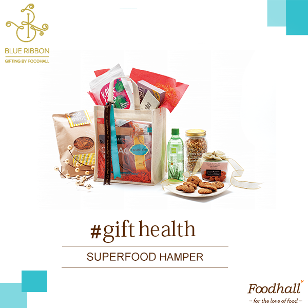 Guilt-free indulgence!  Complete with Chia seeds, cacao nibs, goji berries, our Superfood hamper also consists of healthy nibbles such as kale chips, flaxseed cookies and more - it's an ideal gift for all the health and fitness enthusiasts out there!