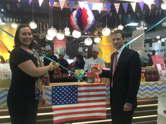 The recent 'Taste of America' event at our store featured guest chefs Taylor & Vajda who worked their magic in our kitchens with US-origin ingredients. They were an absolute delight to work with and that macaroni-n-cheese sure left us wanting for more!