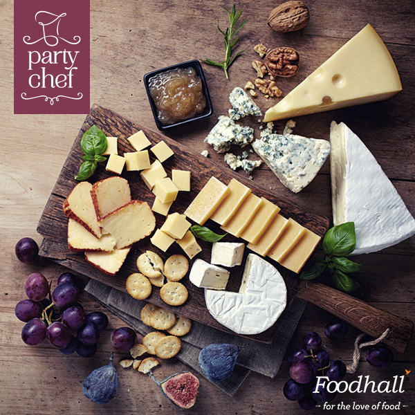 Everyone loves a gorgeous cheese platter. This Christmas wow your guests with a carefully curated cheese platter from Party Chef. Call us today to place an order!