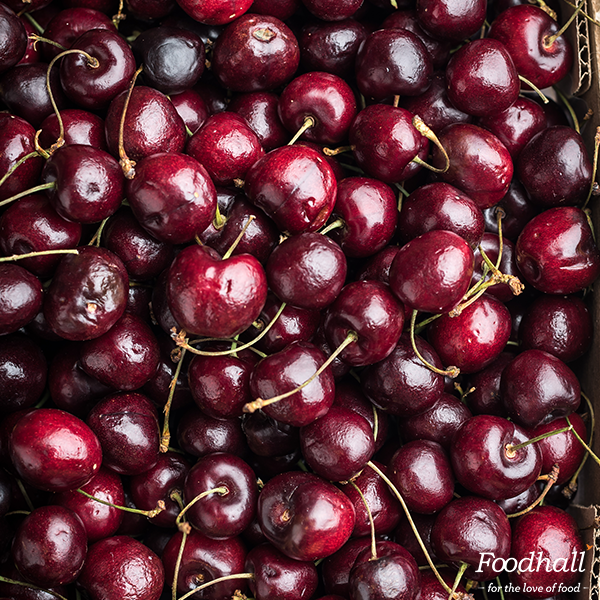 What to do with incredibly gorgeous red cherries? Use them to make cherry jam or serve baked brie with balasamic cherries & wow your guests!