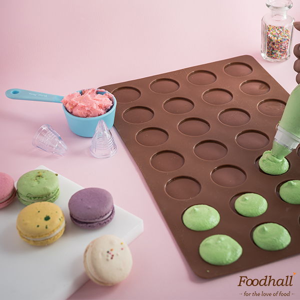 It's World Macaron Day tomorrow & that's reason enough to whip up a batch of these colourful little treats with a Macaron-making kit from Whisq India to match! Available at all our stores, this definitely makes it to our list of must-haves.  P.S.: Avail a 10% discount on the WhisQ Macaron Set only tomorrow!