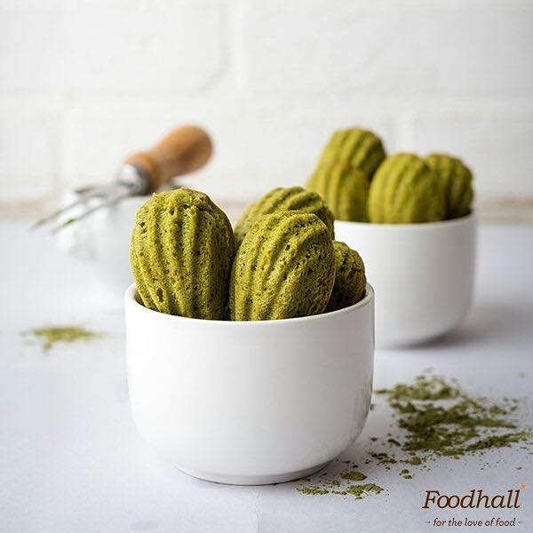 Soft, delicate, and oh so green! 🌱 Matcha madeleine makes the most delightful sweet treat to go with you cup of tea.  Tag a friend who adores Matcha