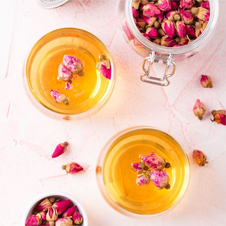 The repertoire of Persian beverages ranges from fragrant iced teas to refreshing doogh and soothing kahwas. Taste them at the Persian kitchen at your nearest Foodhall store this March.