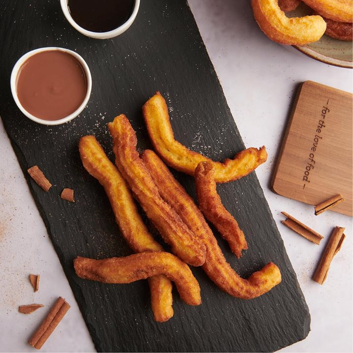 We are bringing Mexico's favourite dessert to you at the Fiesta Mexicana. Indulge in crunchy churros with a rich chocolate sauce from our Churros Cart at your nearest Foodhall store.