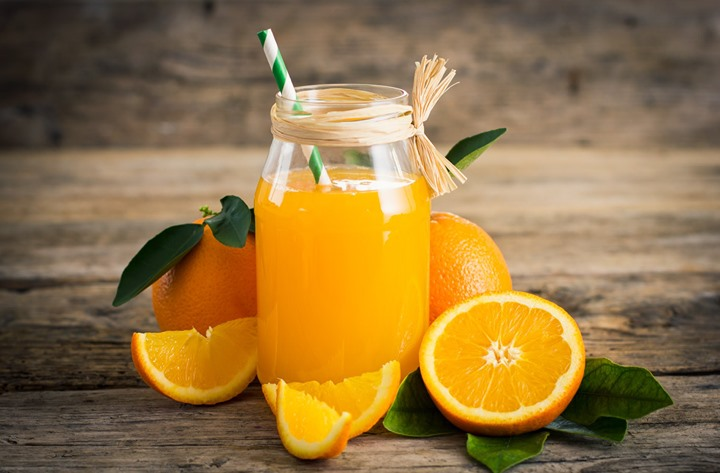 We bring freshly cold pressed orange juice to give you a boost of vitamin C this summer. After all, its Orange Juice Day.  Do more with our cold pressed orange juice. Use it in marinades, salad dressings, baking, and making sweet and delectably sticky glaze for meats.  Psst… It makes for a healthy breakfast with our specially curated breakfast menu at The Café by Foodhall.  #TheCafeByFoodhall #Fresh #Healthy #Summer #FoodhallIndia #ForTheLoveOfFood #Oranges #Citrus #Fruit #Juice #ColdPressedJuice