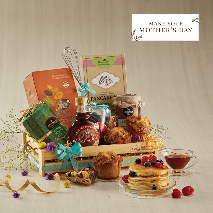 Few things are more relaxing than a fresh breakfast and a morning free of to-do lists. This Mother's Day, make mom's morning extra special with a hamper full of indulgent breakfast delights curated by Blue Ribbon, gifting by Foodhall. Visit a Foodhall store near you & shop for this hamper.   #mothersday #mothersdaygift #gifthampers #fortheloveoffood #foodhallindia