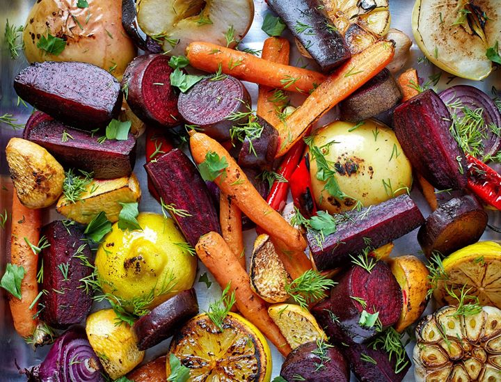 While spring is seen as the season for the most bountiful produce, with winter arrives a colourful spectrum of vegetables too! Discover the freshest varieties of root veggies - our sweet potatos, beets, radish and carrots - in inviting abundance at a Foodhall near you!  #ForTheLoveofWinter #FoodhallIndia #FreshVegetables #WinterVegetables