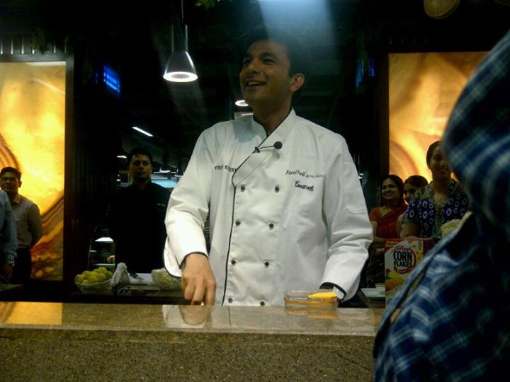 Master Chef Vikas Khanna at Foodhall
