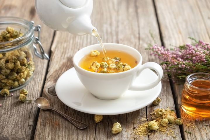 #FoodhallRecommends: Egyptian Chamomile Tea A better-for-you way to cope with these testing times is to brew yourself a warm cuppa Egyptian Chamomile Tea, courtesy The House of Tea by Foodhall. A de-stress tisane, this healthy brew features the deep serenity of floral #Chamomile which is known to ease anxiety.   Akin to the sharpness of peppermint, steep this luxury blend for a refreshing, delicious, and caffeine-free calming potion.  Call us on +918095031111 for doorstep delivery.  #FoodhallIndia #SelfLove #DestressTea #TeaTime #SingleEstateTea #MiddleEasternTea