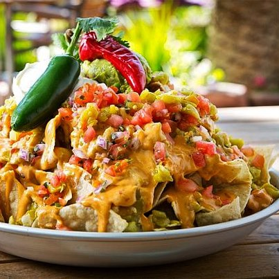 Expecting guests and not sure what food to serve them? Worry not! Come to Foodhall, buy our pre-assembled Nachos Platter and impress your guests with this tasty + wholesome spread.