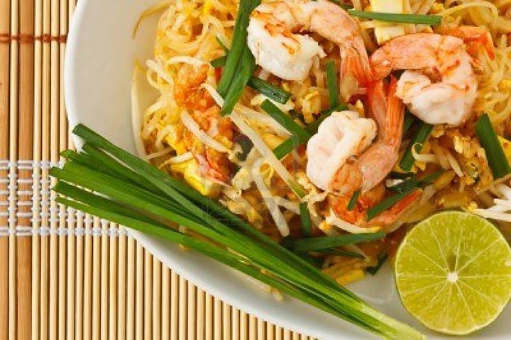 Pad Thai Noodles for dinner, anyone?