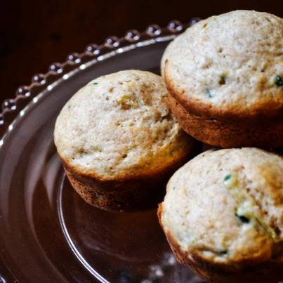 Zucchini Muffins, packed with shredded zucchini, is a great grab-n-go! #Foodhall #ForTheLoveOfFood