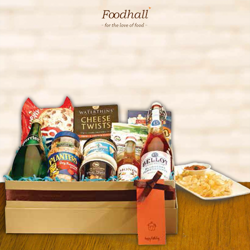 Foodhall's 'Couch Potato' goodies hamper is made for those long movie nights or pyjama parties! *munch munch*