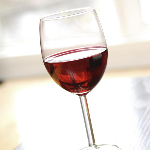 When it comes to gifts, you just can't go wrong with red #wine!