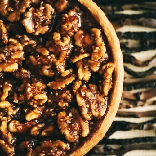 Love desserts but don't want to compromise on your diet? Caramelized Walnuts is just what you need :)