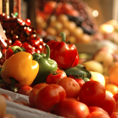 Few things compare to hand-picking fresh #vegetables and #fruits, isn't it?
