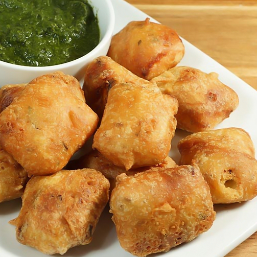 Cottage cheese fritters! Lighting up wedding dinner menus for many wedding seasons! #fried #cheesy