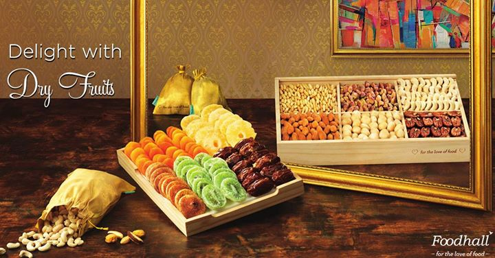 The timeless appeal of dry fruits make it a wonderful gift for family, friends and business associates all year round