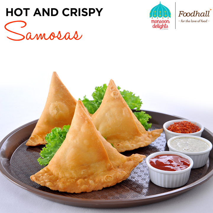 What better than piping hot samosas to compliment the weather? Go healthy this monsoon, ditch the pan for an air-fryer to whip up a delicious batch of samosas!  Come and Check out a whole new range of Air Fryers at Foodhall Today!