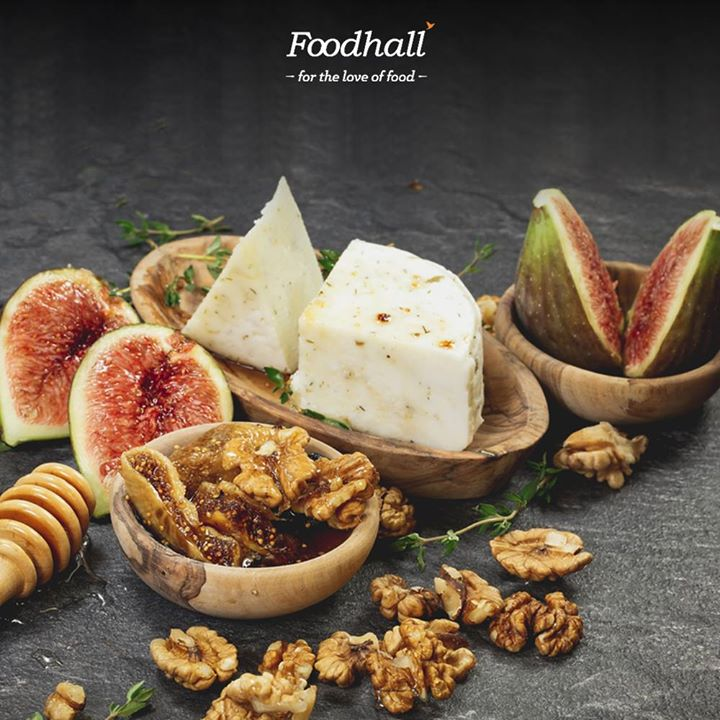Bring out the flavour of classic blue cheese with fresh figs, toasted walnuts and honey dressing.  Create your own platter from a selection of cheeses and their perfect accompaniments from across the world exclusively at Foodhall!