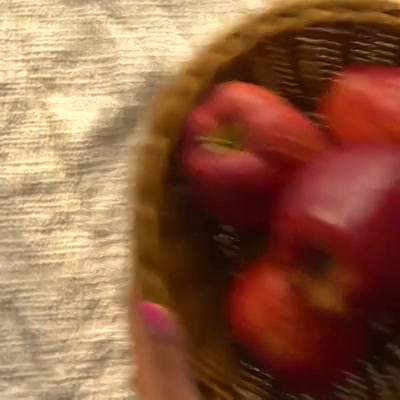 Think twice before you throw out leftover apple peels! Watch this video to give them a new life in the kitchen.