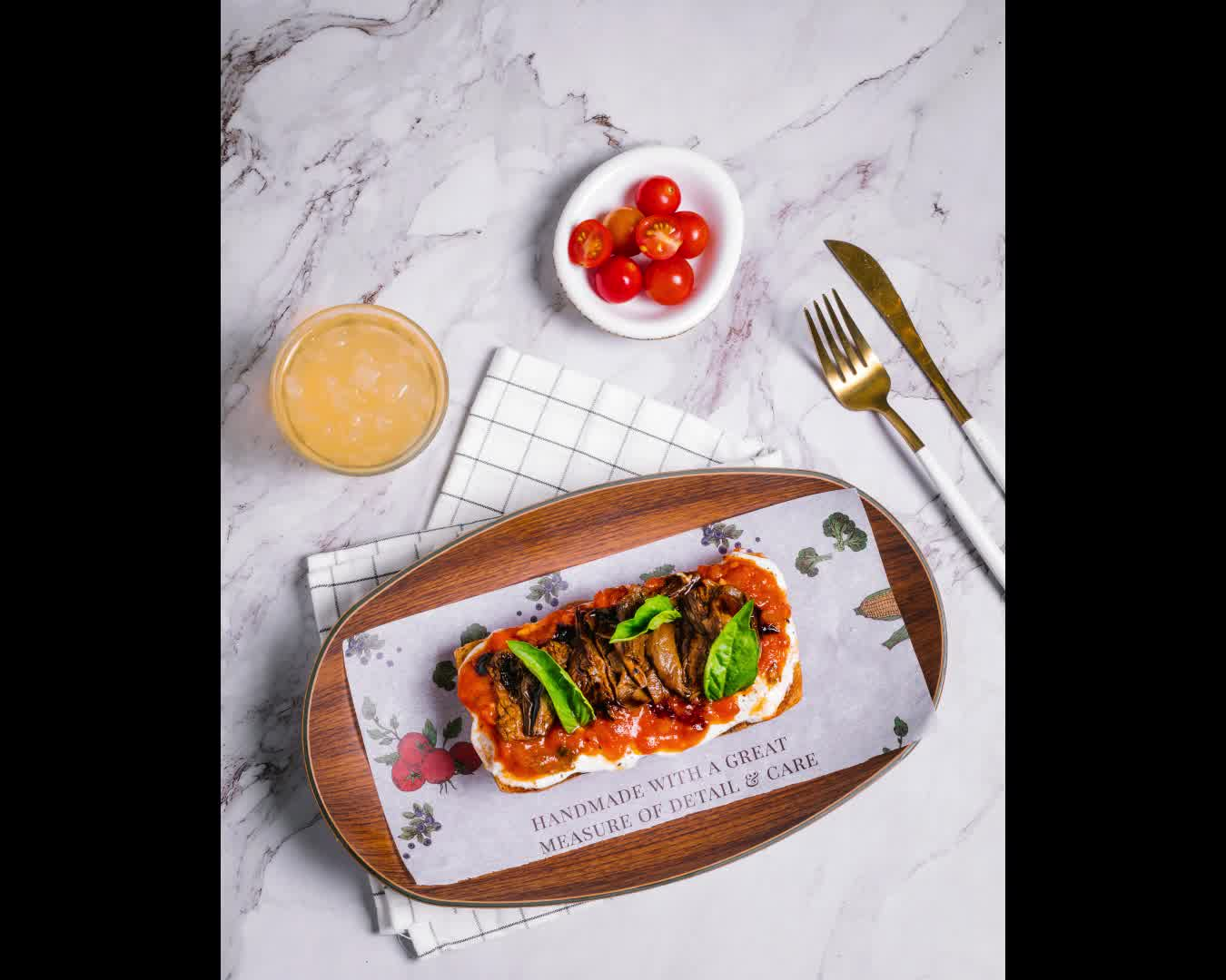 Beautifully-assembled, vibrant and indulgent - spoil yourself this weekend with our signature Straciatella Toasts at The Cafe by Foodhall  Creatively curated by Chef Aabhas, each is made with our house-made ciabatta, layered with impossibly-soft straciatella cheese and a marvellous medley of toppings from artichokes and sautéed wild mushrooms, to crisp bacon and honey.  Tuck in at The Cafe by Foodhall, at a Foodhall near you!  #BuonAppetito #ForTheLoveofCheese #FoodhallIndia #Straciatella #StraciatellaToast #TheCafebyFoodhall #WeekendBrunch #BrunchTime