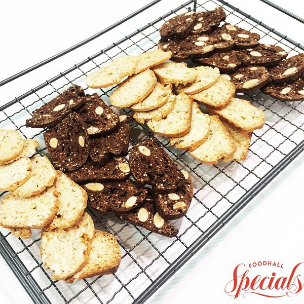 Perfect for coffee-dipping, we absolutely love our freshly baked chocolate – chip and walnut biscottis #StraightFromTheOven this afternoon! Come and try them out today! #FoodhallIndia #FoodhallSpecials #Biscotti