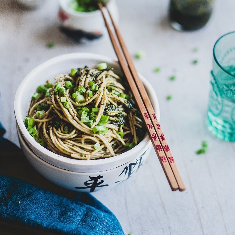 Say hello to our go-to dish for feeding the tired soul. This bowl of ginger soba noodles comes together quickly in just 20 minutes and tastes best when served cold. Click the link in our bio to get the recipe.