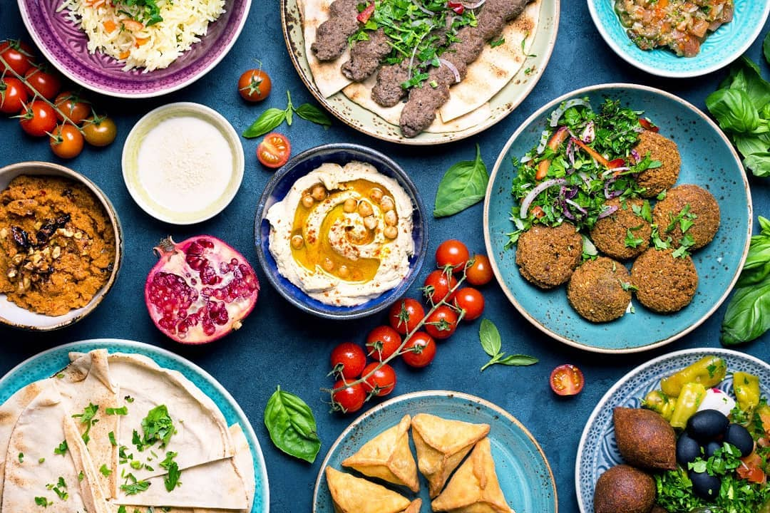 We are bringing in the weekend vibes with an elaborate Middle Eastern spread. Throw a no-fuss dinner party, just open a pack of hummus, muhamara by Mezzet for VAHA, grill some ready, marinated kebabs by Foodhall and lay out some delicious beetroot lavash and freshly baked bread.  #fortheloveoffood #foodhallindia #festivefeeling #tryitnow #dinnerparty #middleeastern #kebabs #hummus