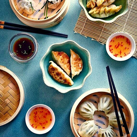 Rain rain pour away. It is time to have a dimsum day! Spinach water chestnut or a triple mushroom har gow. Pick up from Foodhall and steam away.Pappco Greenware Dimsum steamer is your answer to steaming veggies and dimsums for a fun rainy day at home. #ComfortFood #MonsoonVibes #RainyDays #QuickFix #Favourite #PickOfTheMonth #EasyToUse #AddToCart #TryNow #DimsumSteamer #LoveDimsums #ForTheLoveOfFood #FoodhallIndia