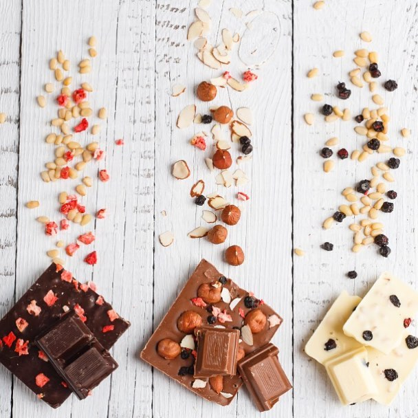 Let's take our love for chocolate to the next level. Join us at Foodhall for a dialogue about the journey of chocolate from bean to bark with Mason & Co. A chocolate that is vegan, organic and #betterforyou . Know more in story.