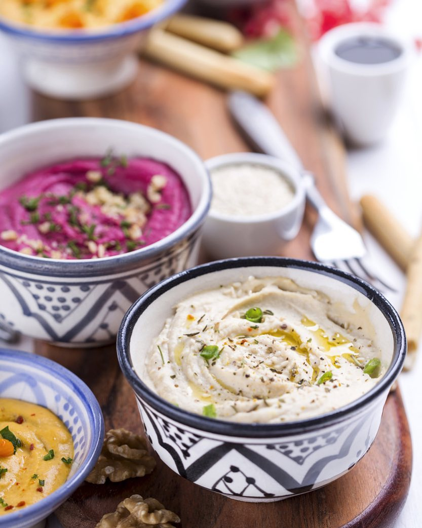 Thinking of a quick snack this evening? There's nothing like a five layered Mexican dip with nachos or a three layered Mediterranean dip with lavash. Try Hummus or yogurt dips with beetroot and carrots for something healthy or indulge all the way with herb grissini. Visit your nearest Foodhall and explore the delicious range of dips #Dips #Snacking #AddToCart #Favourites #MustTry #ForTheLoveOfFood #FoodhallIndia