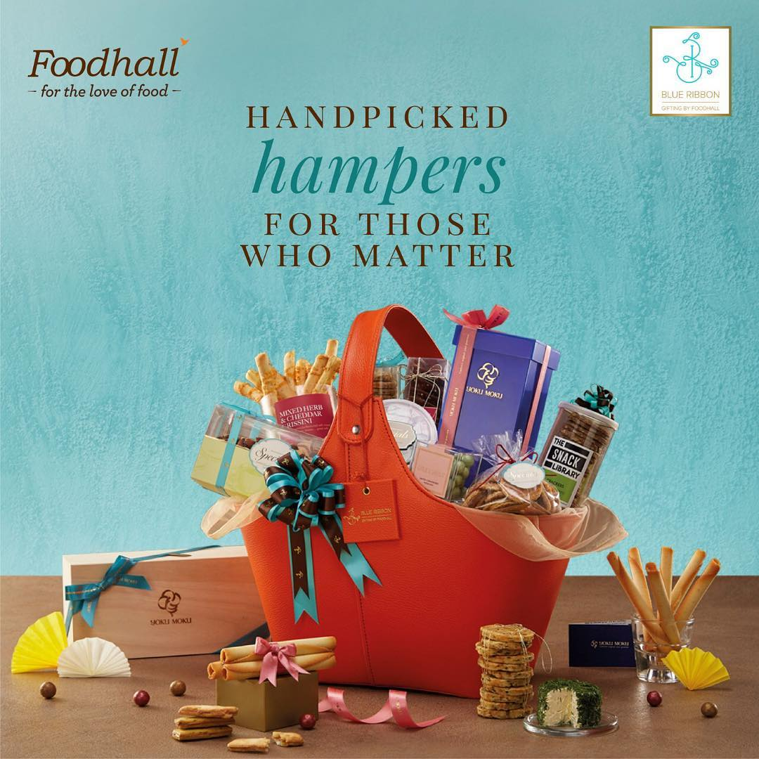 The festive season is right around the corner and our experts have specially curated these gifts with ingredients, from all over the world. Gift the finest this Season with 'Blue Ribbon.' Visit the link in our bio to know more #BlueRibbon #Gifting #FoodhallIndia #Celebration #MadeForYou #GiftingHampers #WithLove #PlaceARibbonOnIt #Handpicked #SpeciallyCurated #TastefullyPackaged #Customised #TailorMade