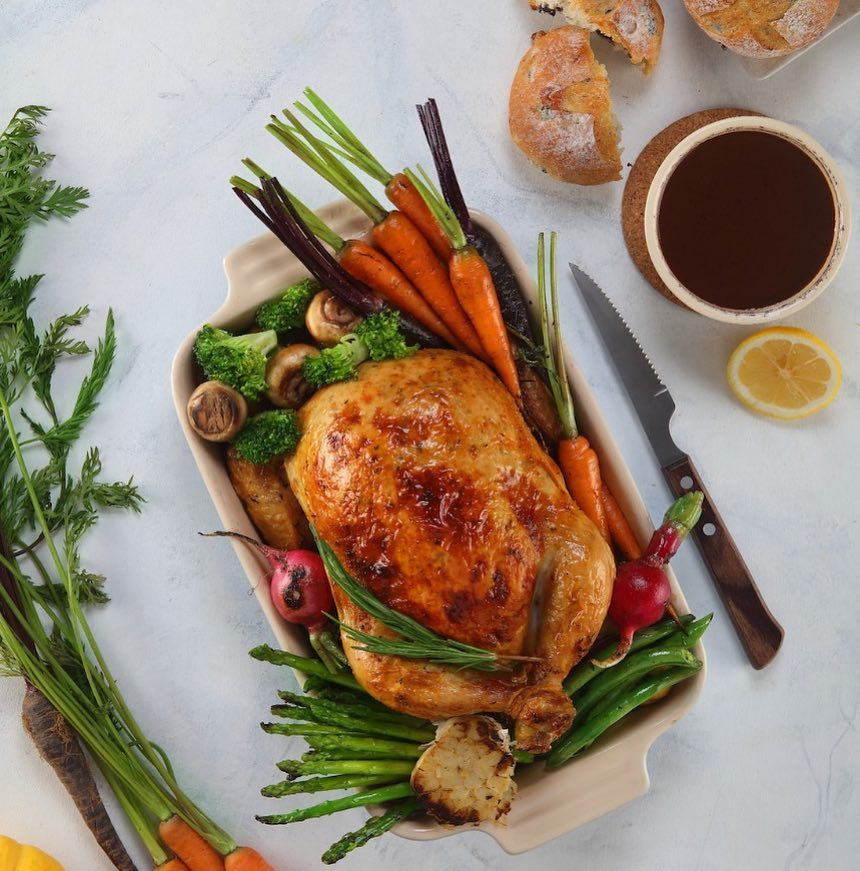 Let's celebrate sweater weather with pumpkin spice and a freshly prepared Turkey dinner. Invite friends and family over for a Thanksgiving meal this season and relish the little joys of life with Foodhall. Now order a Ready to Cook Turkey from your nearest Foodhall.  #Thanksgiving #Feast #ReadyToCook #FreshTurkey #WeRecommend #PreOrder #Traditions #Flavours #TisTheSeason #ThePerfectHost #HouseParty #ForTheLoveOfFood #FoodhallIndia