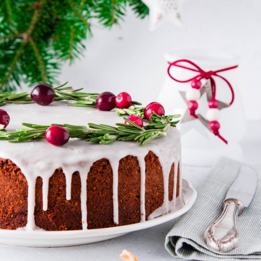 'Tis the season to spread cheer. You buy a rich Christmas plum cake and we donate one to the Robin Hood Army (@rha_india)  Join us to bring a smile to many faces. #RobinHoodArmy #SpreadASmile #FestiveCheer #December #PlumCake #AllThingsGood #Joy #ForTheLoveOfFood #FoodhallIndia