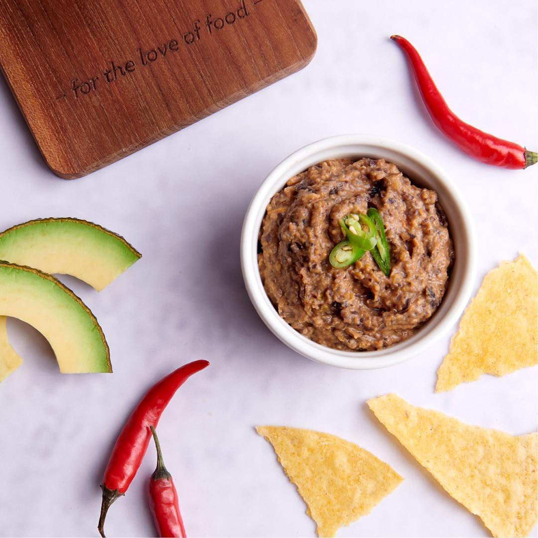 Frijoles or beans are a staple in Mexican cuisine and can be added to almost any dish. Our refried beans dip is perfect to serve with nachos or tostadas, or to spread over your quesadillas and tacos. Get them at the Fiesta Mexicana this month at Foodhall.  #fortheloveoffood #foodhallindia #mexicanfood #fiestamexicana