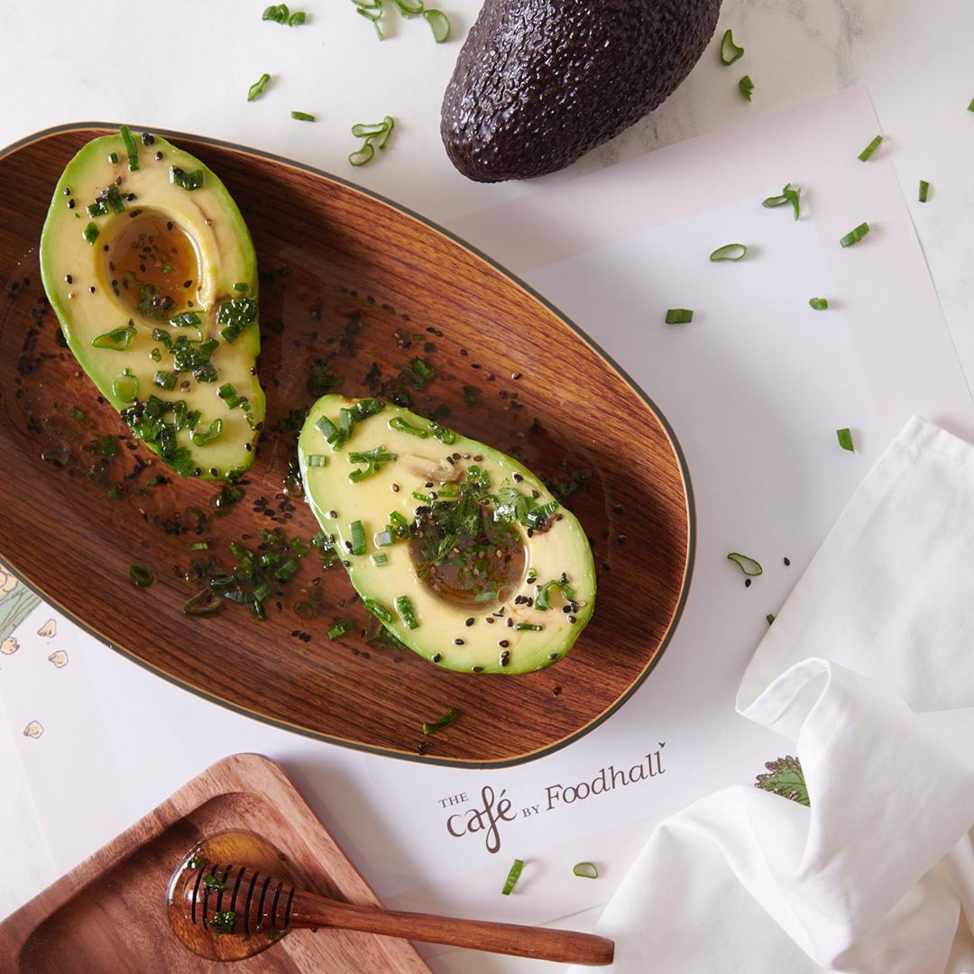 Discover new ways to relish avocados this summer! Graze on Avo Yuzu, a Japanese-inspired appetizer. Savour the flavours of Avo curry with jasmine rice. Indulge in Avotto- a gluten-free and healthy twist of risotto with avocados. Perfect for a summer afternoon, you'll love our Avo-Colada. Indulge in avocado treats all day, every day, at the Café by Foodhall @ LinkingRoad.  #FoodhallIndia #Fortheloveoffood #Fortheloveofavocados #avocadomenu #avocadotreats #cafebyfoodhall
