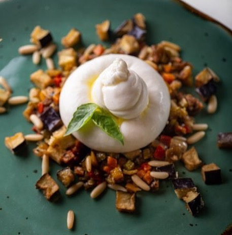 For the love of all things Italian, head to @sorrentinabyfoodhall at Foodhall@Linking Road. Experience a summer in Sorrento with the Burrata Caponata – creamy burrata perched atop a bed of flavour-packed eggplant and olives. And if you're looking to indulge even further, we definitely recommend a scoop (or three) of our freshly made gelato for a quintessential taste of La Dolce Vita! Buon appetito! #SorrentinaByFoodhall #FoodhallIndia  #fortheloveofgelato #fortheloveofood #Sorrento #Italy #italiancuisine #cheese #salad #fresh #healthy #icecream #oliveoil