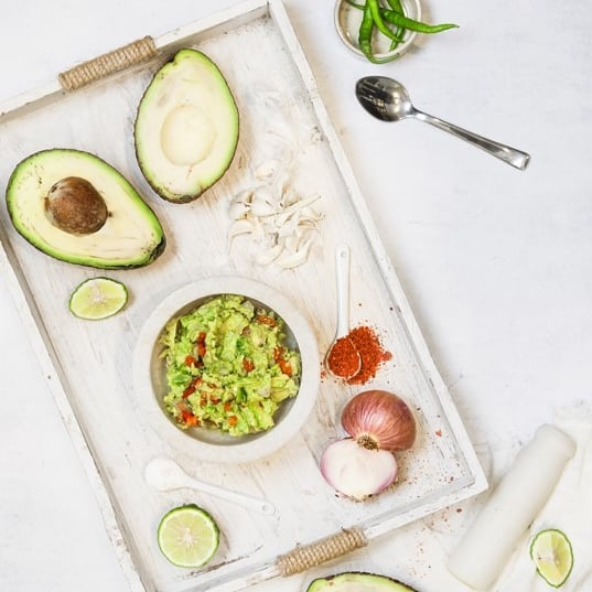 Up your avocado game this Sunday with our Thai-spiced guacamole. Best scooped up with Tom Yum Rice Crackers from #SnackLibrary, it's sure to have your guest swooping in for seconds at your next party. As for us we'll be munching away on this whilst watching cricket this week!  Visit your nearest Foodhall today or call 809 503 1111 for home delivery.  #FortheLoveOfFood#ForTheLoveOfAvocados #Guacamole #AvocadoLover #ThaiFood
