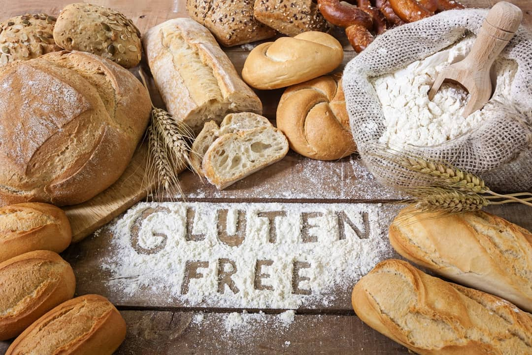 Have you discovered our #GlutenFree range of breads yet?  From jowar and quinoa bread to brown rice bread – make the extensive gluten-free variety from Foodhall's bakery, your breakfast staples!  Ancient grains have been around for centuries, balancing blood sugar and reducing inflammation far better than modified wheat. Discover the benefits for yourself at a Foodhall near you.  #FoodhallIndia #GlutenFreeBread #Bakery #BrownRiceBread #Jowar #QuinoaBread #Ancient Grains #HealthyLiving #HealthyEating